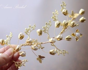 Vintage style Ivory and golden pearl Flower on Metal Vine Hair flower clip. Bridesmaid or Bridal Hair Accessories
