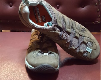 Merrell Shoes Womens Size 9.5