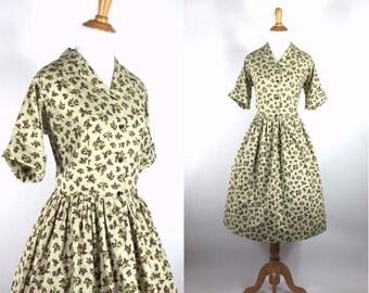 Vintage 1950s Dress - 50s Green Cotton Floral Print Shirtwaist Dress - Sage Sprig - large L