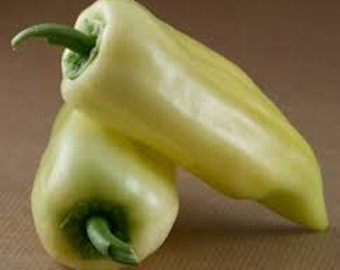SWEET BANANA PEPPER Seeds 8 Fresh vegetable seed ready to plant in your garden