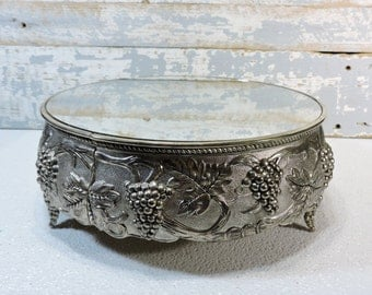 Cake Stand Silver Metal Mirrored Wedding Cake Display Vintage Footed Mirrored Cake Stand Grapes and Vine Designs Party Servingware