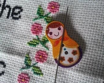 Magnetic needle minder - russian doll shaped (needle nanny, needle keeper) embroidery cross stitch crewel needlepoint