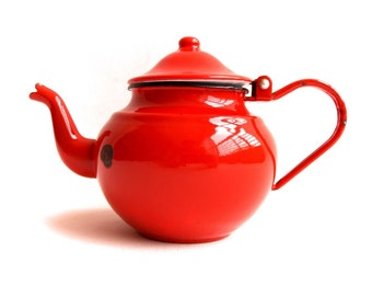 Small Red Teapot, Vintage Enamelware, Enamel Kettle