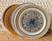 Retro Dinner Plates, Mismatched Retro Plates, Vintage Dinner plates,Mismatched Dinner Plates,Retro Dishes,Vintage Dishes, Blue Retro Plate