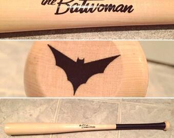 Bombshell Batwoman Cosplay Bat