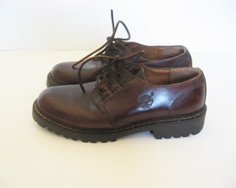 Timberland Brown Leather lace up oxford shoes - 8  women's shoes