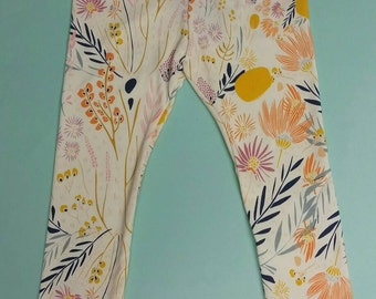 Whispy Daybreak Floral Leggings