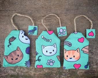Green catnip tea-bag toy