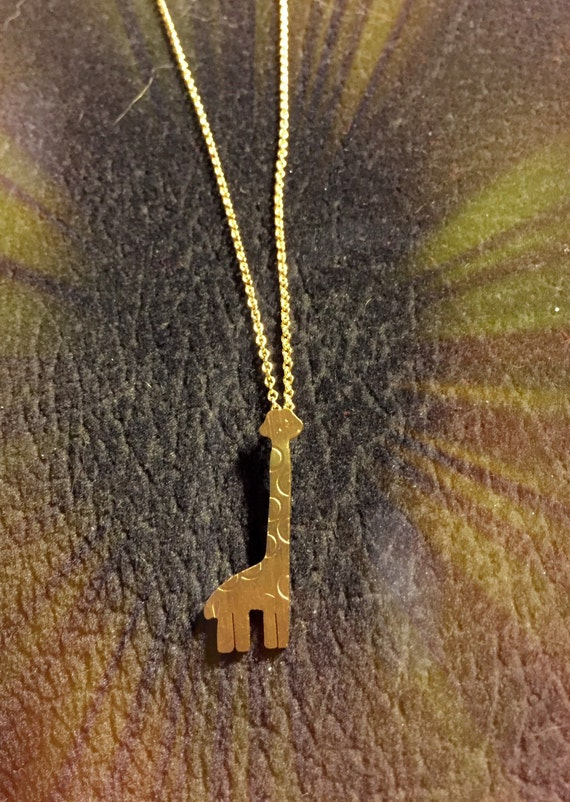 Gold bright shiny cute giraff necklace