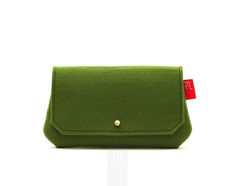Mini multipurpose pochette in green felt, coin purse, wallet, made in italy mini purse, がま口長財布。