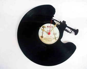 vinyl wall clock - Trumpet player - old record recycled - OOAK