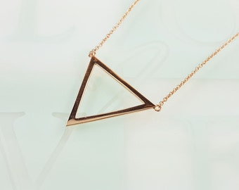 Sterling Silver. Triangle Necklace