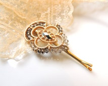Stunning Vintage Old Style hair pin,bridal hairpin, jewelry, Gold Clip,Amazing Vintage Style Pin Mustard clips broch, Bobby Pins