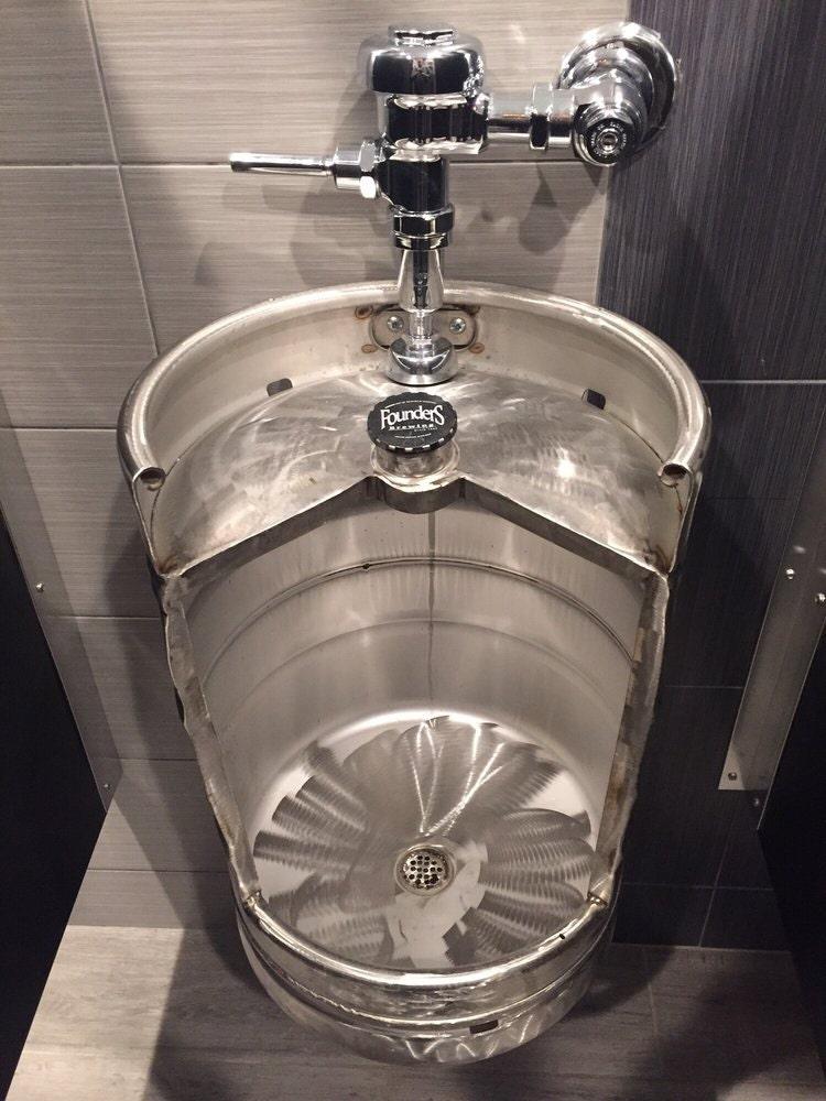 beer keg urinal stainless novelty toilet for bistro cafe. Black Bedroom Furniture Sets. Home Design Ideas