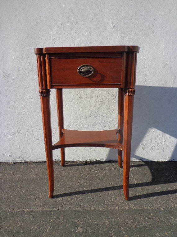 Old Bedside Table: Antique Mahogany Finish Nightstand Bedside Table Storage Chest