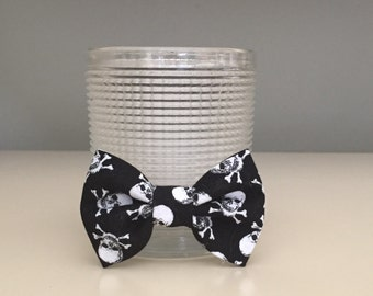 Tiny Dog Bow / Bow Tie - Skull Crossbones