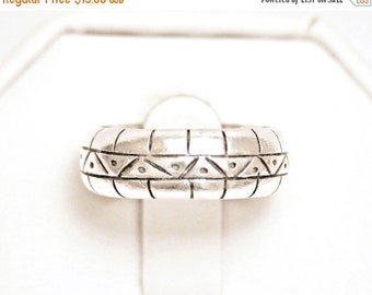 ON SALE Sterling Southwestern Style Eternity Band Size 7.75 Wide Silver Ring