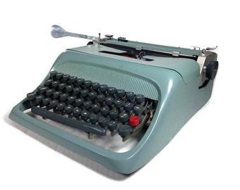 Vintage Olivetti Typewriter - Underwood Olivetti Studio 44 Typewriter - 1963
