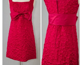 Vintage Cherry Red Empire MIni Dress With Satin Bow Belt Appx Size Small (1960s)