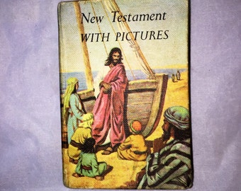 1970s Vintage New Testament with Pictures, Vintage First Communion Pocket Size Bible, Cambridge Press