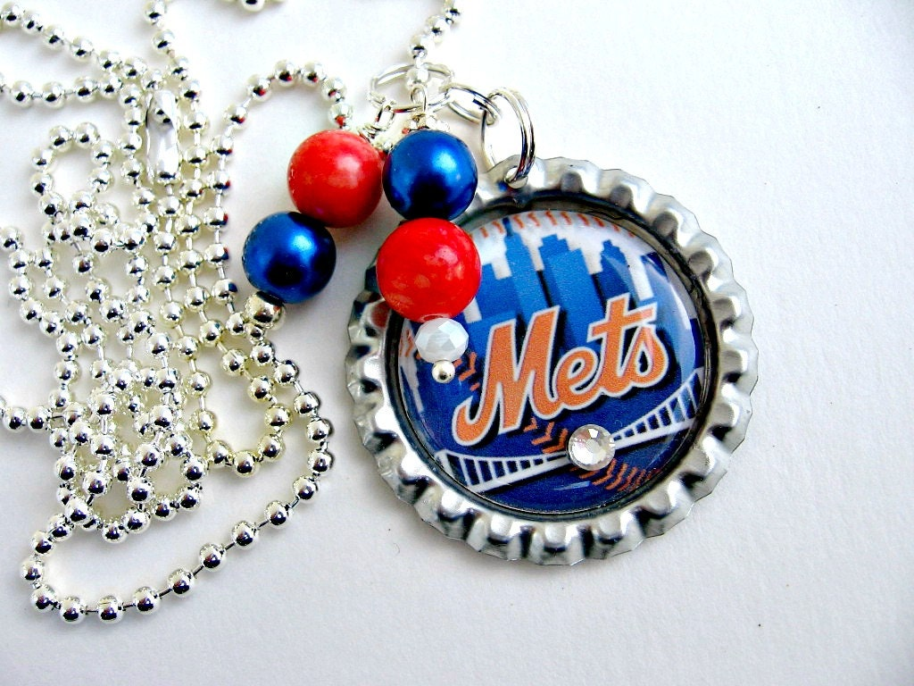 new york mets necklace new york mets jewelry ny mets. Black Bedroom Furniture Sets. Home Design Ideas