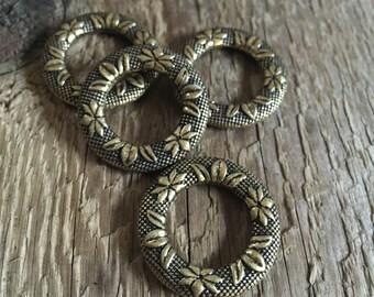 Ornate Victorian Flower, Antique Floral Ring, Gilded, Hoop - Necklace, Bracelet - Component - Antique Brass - 25mm - 04 Each