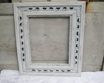 Large antique wood picture frame, ornate, decorative, White gray distressed frame, 16 x 20, shabby cottage chic decor, French farmhouse