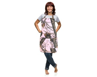 Mossy Oak Pink Apron, Pink Camo Country Twill Kitchen Apron, made in the USA, One Size fits most ladies Small-Plus Size