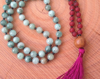 Green Agate Beaded Necklace, Green Mala Necklace, Burgundy Tassel Necklace, Beaded Yoga Necklace,  Tassel Necklace, Green Burguny Tassel