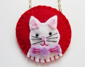 Felt Cat Pendant, Felt Kitten Pendant, Felt Cat Necklace, Felt Kitten Necklace, Valentine Cat, Valentine Pendant, Valentine Jewelry, Kitten