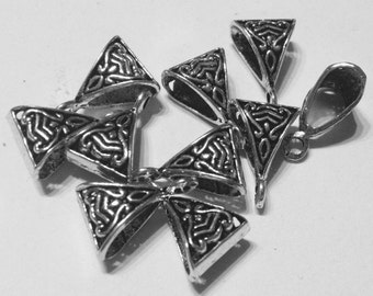 5 charms bases for pendants in hypoallergenic silver-plated metal. 15 mm.