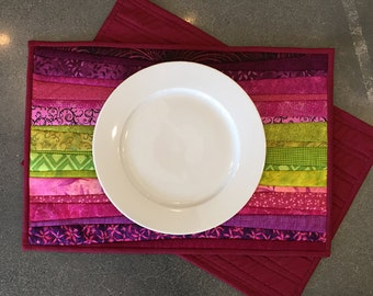 Quilted table mats. Hostess gift. Washable place mats. Handmade table toppers. 13x19 inches. Magenta and chartreuse. Modern home decor.