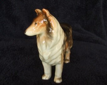 Vintage Collie or Shetland Sheepdog Dog Figure , Old Ceramic Dog Figurine , Rough Collie or Sheltie