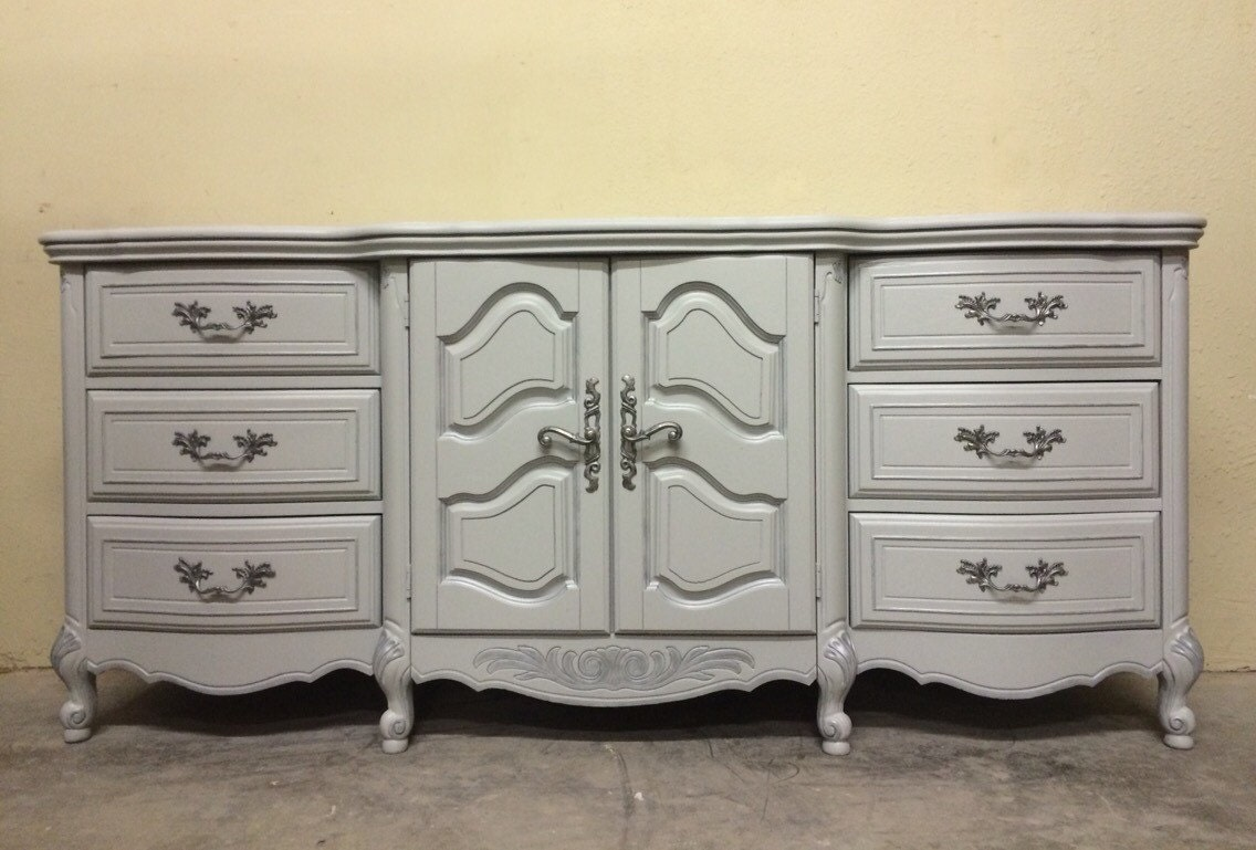 Dresser French Provincial Bassett Buffet Bath Vanity French