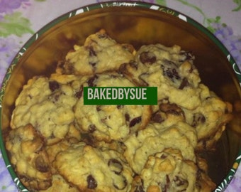 Chocolate chip oatmeal cookie sampler - 8 pcs or more