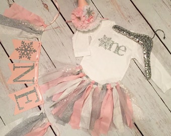 Winter ONEderland outfit, high chair banner, snowflake party hat, onederland theme, onederland decorations, winter onderland banner