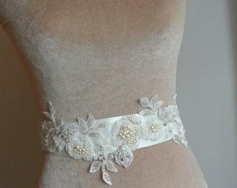 Bridal Belt Wedding Dress Sash Floral Belt Floral Sash Wedding  Sash Lace Bridal Sash Beaded Wedding Belt - CARMEN
