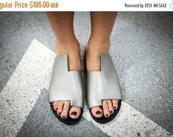 Sale 25% Metallic Sandals, Leather Sandals, Handmade Sandals, Silver Flats,Slide Sandals, Summer Flats,Silver Shoes, Toe Ring Sandals,Simon