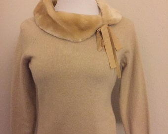 Vintage Sweater with Faux Fur Collar