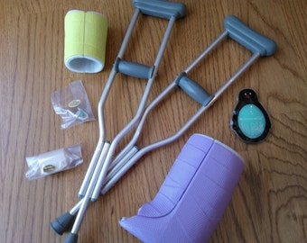 American Girl Feel Better Kit ... Excellent Condition