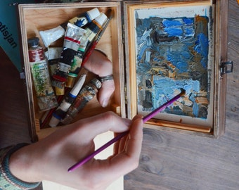 wooden small artist's easel