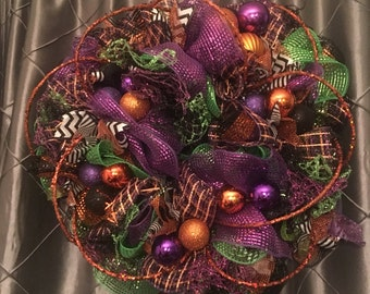 "24"" Trick or Treat Halloween wreath"