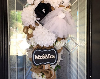 Burlap Wedding Wreath, Bridal Shower decoration, Engagement Party Decoration, Burlap Wedding decoration, Bridal Shower Door Hanger