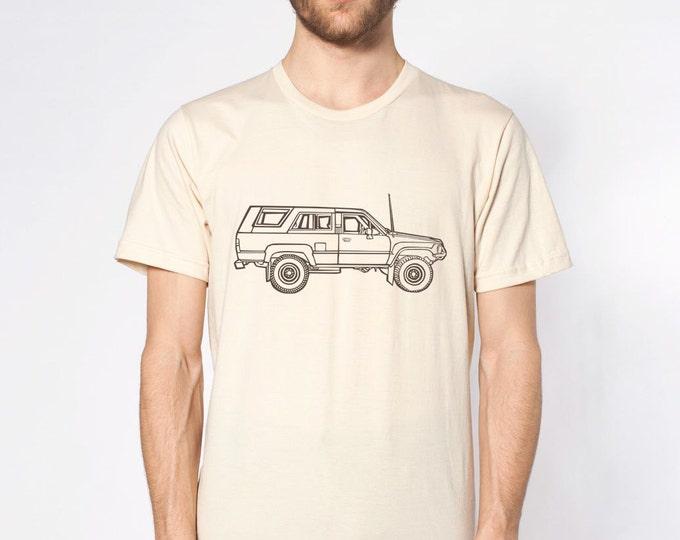 KillerBeeMoto: Vintage Japanese Surfing Off Road Vehicle Truck Cartoon Short & Long Sleeve Shirt