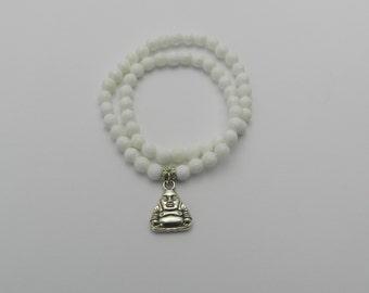 White shell beaded bracelet
