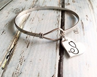 Stethoscope - Nurse jewelry - Doctor jewelry - Hand stamped jewelry - Gift for nurse - Nurse bracelet - Doctor bracelet - Medical staff