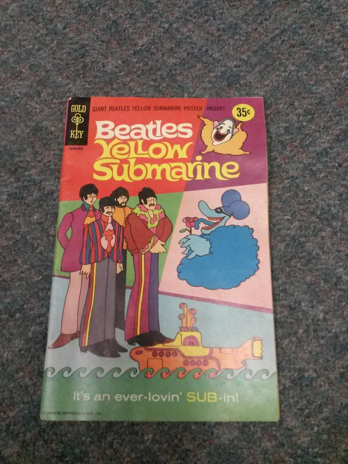 reserved gold key 1968 beatles yellow submarine comic book. Black Bedroom Furniture Sets. Home Design Ideas