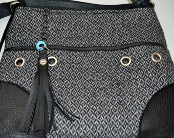 SADDLE BAG (Wool)