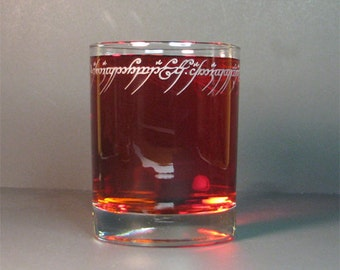 Lord of the rings, ring inscription. Old fashion 13oz rock glass.