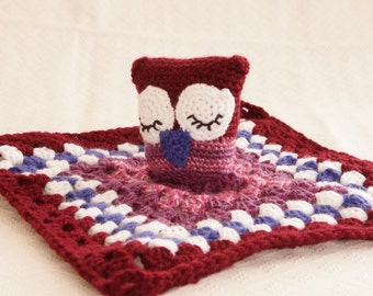 Sleepy owl baby lovey / security blanket